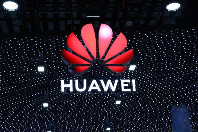 Huawei-MWC-2019-press-image-768x512